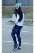 DIY jeans - GoJane sunglasses - nike sneakers