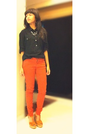 carrot orange tangerine Zara jeans - black black Zara shirt