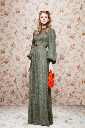 Ulyana Sergeenko dress
