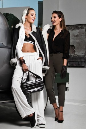 black Aviator1909 jacket - black leather bag Sibel Loci bag
