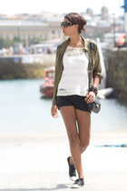 dark khaki Stradivarius blouse - black Mango shorts