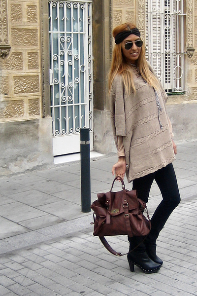 brown poncho Zara coat - brown satchel bag BLANCO scarf