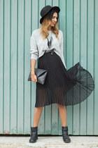 dark gray Sommes démode skirt - heather gray Stradivarius blouse