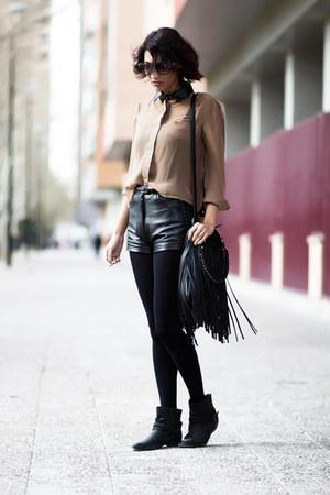 black vintage shorts - tan Sheinside blouse