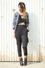 Blue-zara-jacket-black-sommes-démode-pants