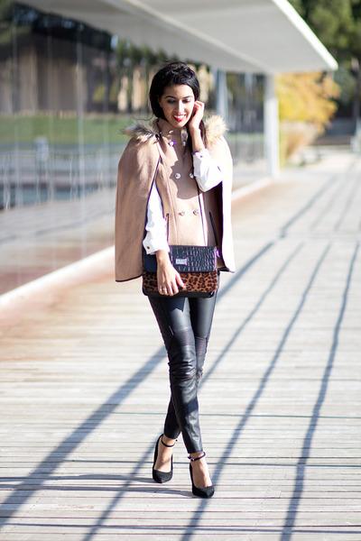 brown Sheinside cape - tawny Sommes démode bag - black Zara pants