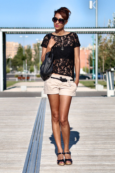 black lace Zara blouse