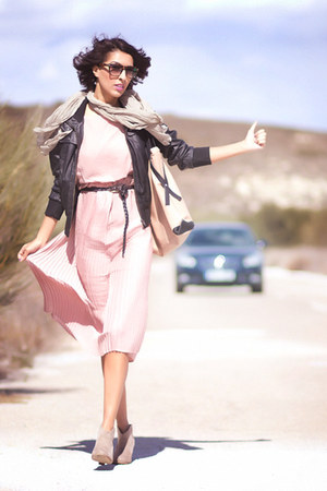 light pink H&M dress - tan Primark boots