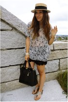 Zara blouse - Oysho hat - Primark bag