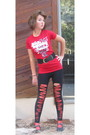 Red-shirt-black-forever-21-leggings-black-forever-21-belt