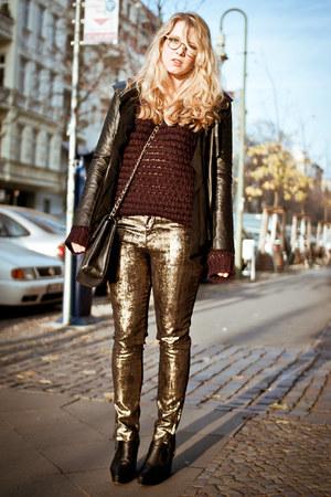 black acne boots - black Sara Berman jacket - black Chanel bag