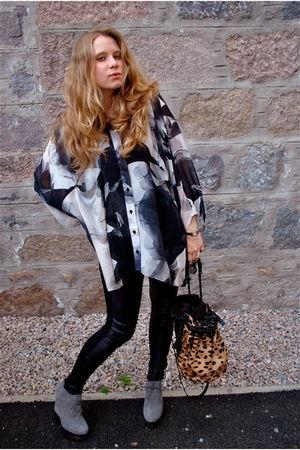 gray Diana Orving blouse - black horace leggings - gray acne shoes - brown Alexa