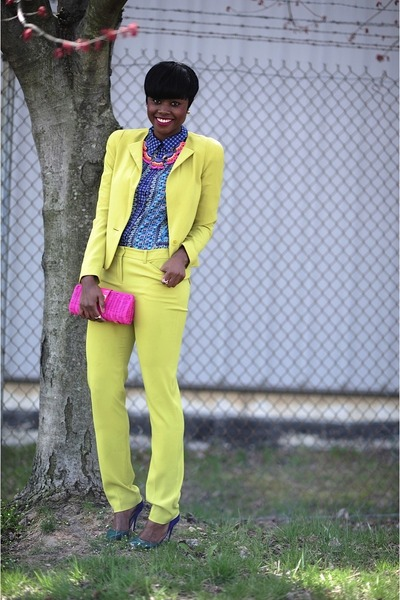 BCBG blazer - Jcrew purse - Forever21 blouse - Jcrew necklace - BCBG pants