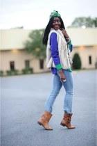 BCBG vest - Zara boots - lev jeans - madewell shirt