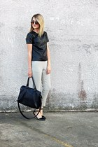 beige trouser H&M pants - black tote H&M bag - black Antonio Melani heels
