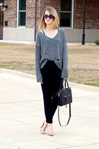 heather gray brandy melville sweater - black loose Gap pants