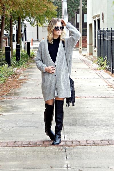 black Report boots - black fringe Yoki bag - black turtleneck Ralph Lauren top