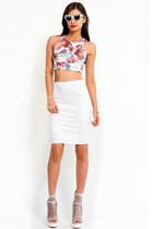 Slimskii sunglasses - ivory Slimskii skirt - white Slimskii top