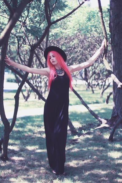 black maxi second hand dress