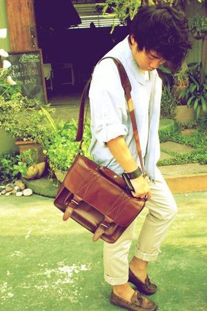 blue vintage jacket - beige random brand pants - brown Topman bag - brown vintag