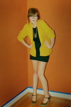 yellow vintage sweater - green Marc Jacobs shoes - black American Apparel dress