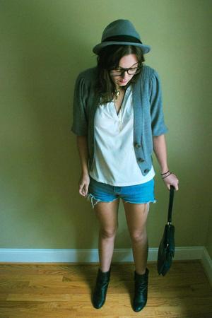 gray cardigan calvin klein sweater - blue denim cut offs Levis shorts