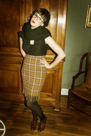 Urban Outfitters hat - Hot Sauce shirt - Snowshoe Vintage skirt - CVS tights - v