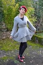 periwinkle benetton cardigan - black new look skirt