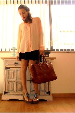 nude Primark blouse - gold Seaside shoes - tawny Seaside bag - black Zara skirt
