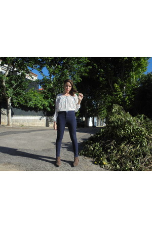 navy Bershka jeans - brown Mango shoes - ivory Bershka blouse