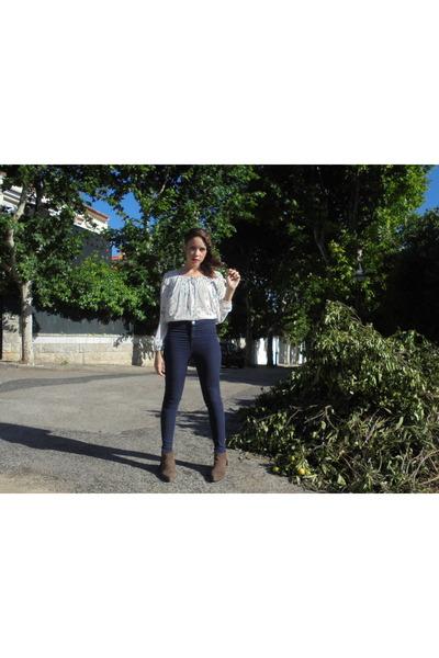 navy Bershka jeans - brown Mango shoes - ivory Bershka blouse