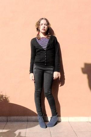 black Bershka jacket - puce Primark shoes - dark gray Lefties leggings