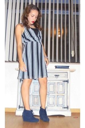 violet suede Primark boots - black H&M dress - ivory Primark necklace