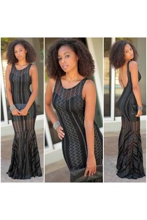 black SBH dress