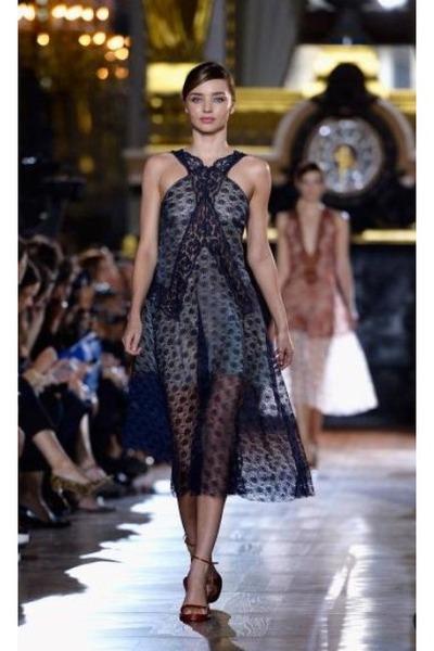 Black Lace Stella Mccartney Dresses Miranda Kerr In Stella