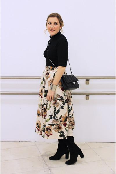 black Zara boots - black Chanel bag - black Zara top - beige Zara skirt