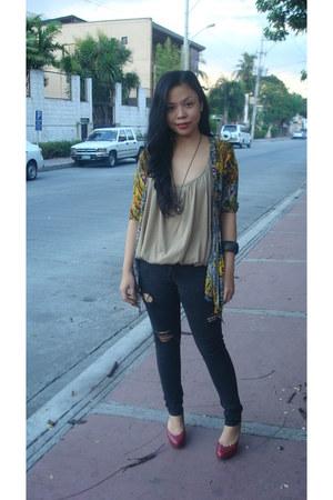 Jag Jeans jeans - vintage blouse - Bazaar cardigan - Le Donne pumps