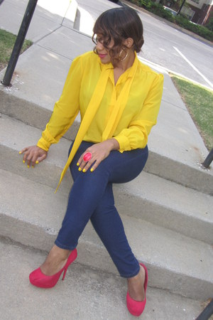 navy jeans Forever 21 jeans - red heels UrbanOG heels - yellow blouse thrifted v