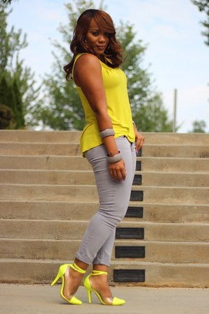 yellow GoJane heels - yellow Old Navy top