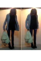 Tex sweater - H&M t-shirt - shorts - Pimkie tights - mim boots - Eastpak accesso