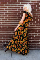 yellow floral some velvet vintage dress