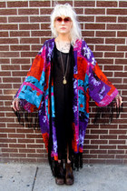 Color-block-some-velvet-vintage-cape