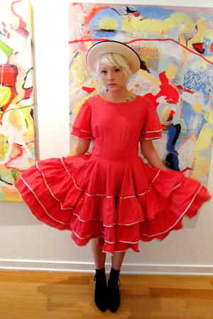 polka dotka dot some velvet vintage dress
