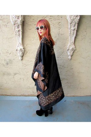 leopard some velvet vintage cape