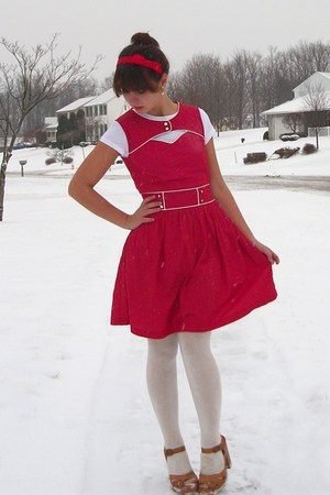 red Modcloth dress - tan Target clogs - red forever21 accessories