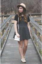 ivory thrifted purse - black Forever21 dress - tan brandy melville hat