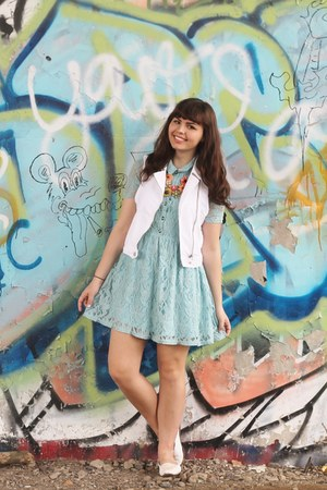 sky blue Forever21 dress - white Aeropostale vest