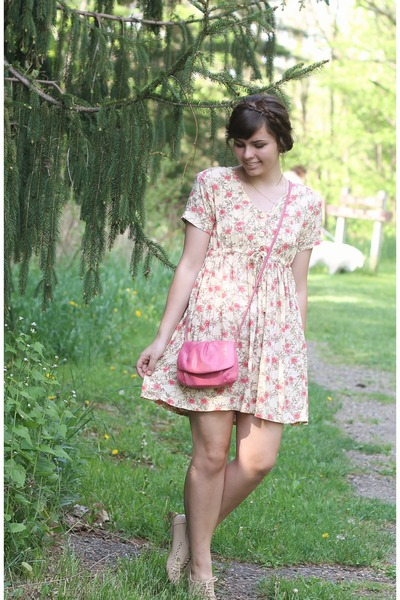 bubble gum thrifted purse - eggshell thrifted dress