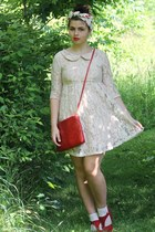 red thrifted purse - neutral Forever21 dress