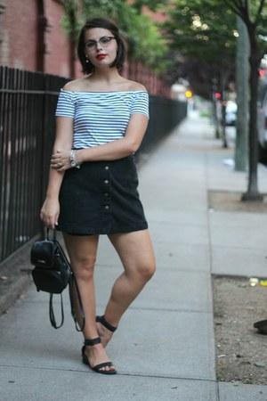 black H&M shirt - black thrifted bag - black thrifted vintage skirt